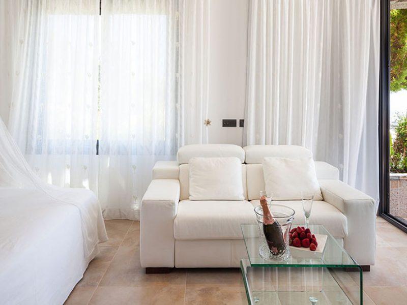 Pleasing Villa Miranda 6 Ibiza Villa Rental And Service Rentals Interior Design Ideas Tzicisoteloinfo